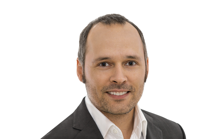 Dr. Stefan Pirson